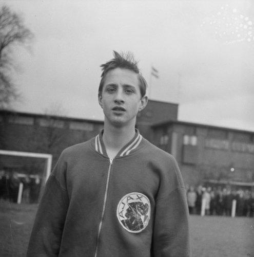 johan-cruyff-young1