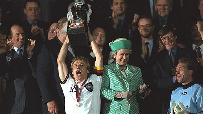 klinsmann_germany_1996_euro_CUP